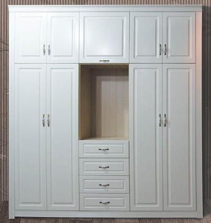 橱柜衣柜门板工加工厂家 专注橱柜代加工15年 衣柜门板罗马柱顶线 同图片