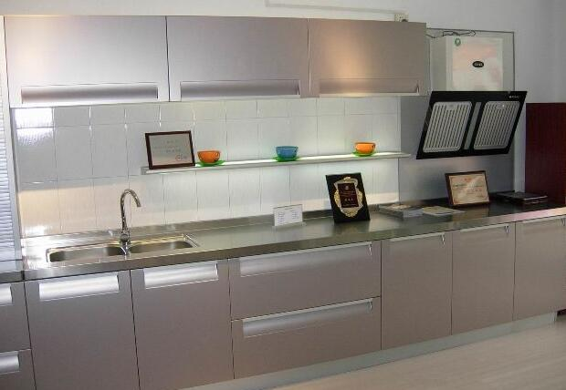 廚房櫥柜用什么顏色比較好看